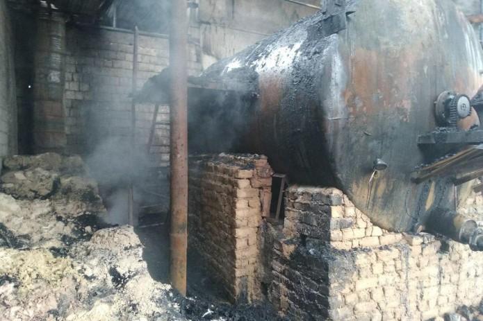 На территории «Ташполизолкровель» в Сергелийском районе произошел пожар