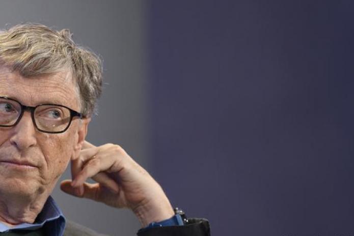 «Слишком глупо, чтобы опровергать» — Билл Гейтс прокомментировал слухи о чипировании им людей