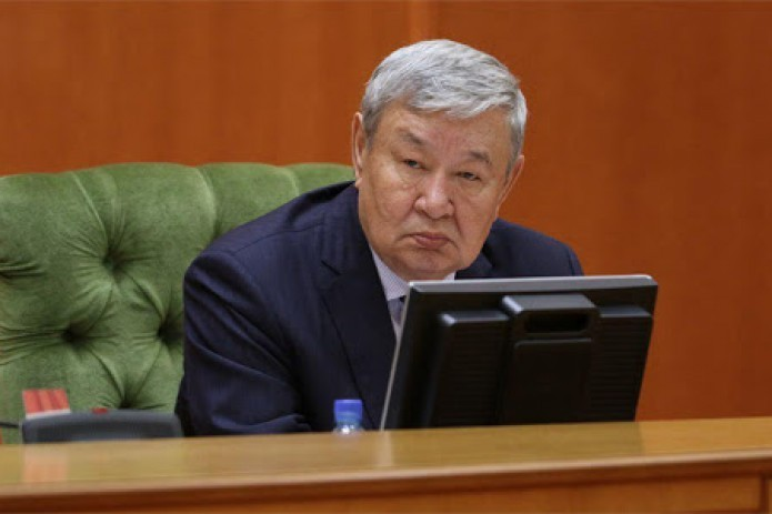 Ушел из жизни председатель Жокаргы Кенеса Каракалпакстана Муса Ерниязов