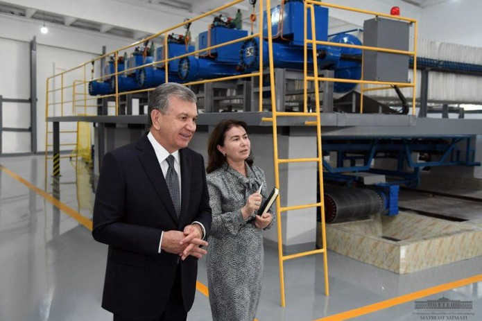 Шавкат Мирзиёев: Ташкентский фарфоровый завод - гордость Узбекистана