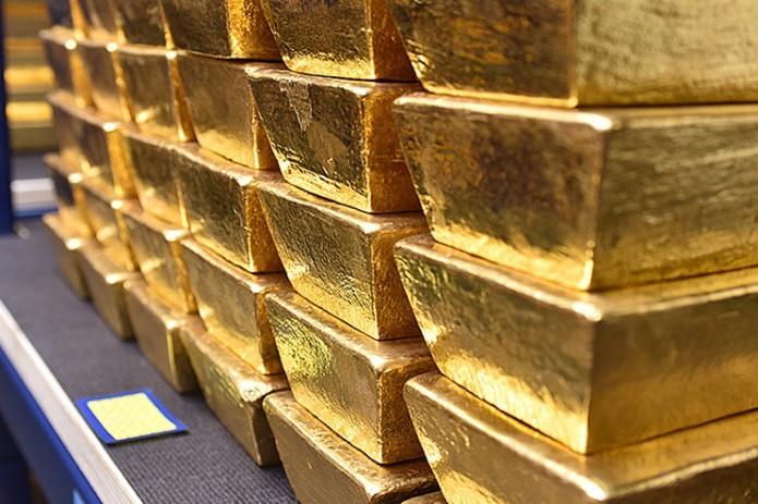 Чистые золотовалютные резервы Узбекистана в ноябре уменьшились на $424,7 млн.