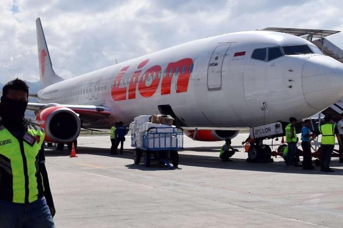 Спасатели обнаружили останки пассажиров лайнера Lion Air (Видео)