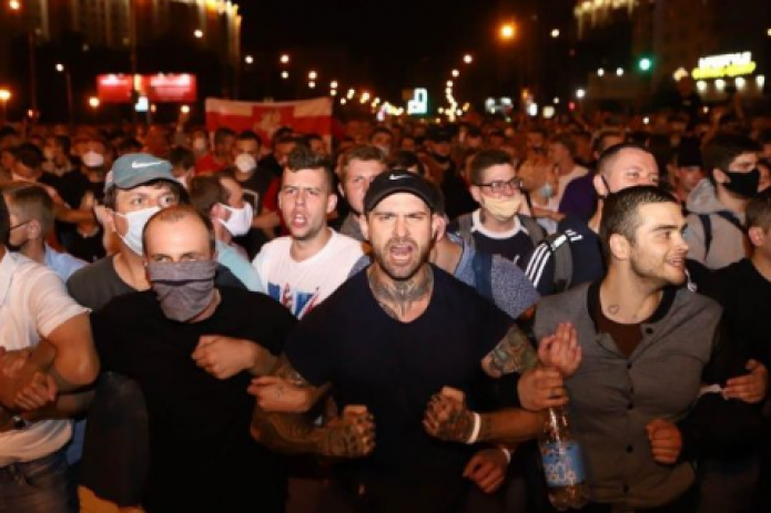 В Беларуси в результате протестов задержали около 3 тысяч человек