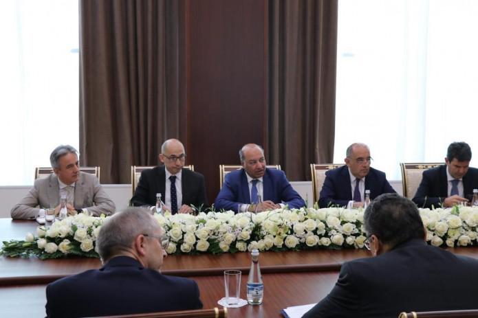 ЕБРР призвал Узбекистан создать равные условия для государственных и частных банков