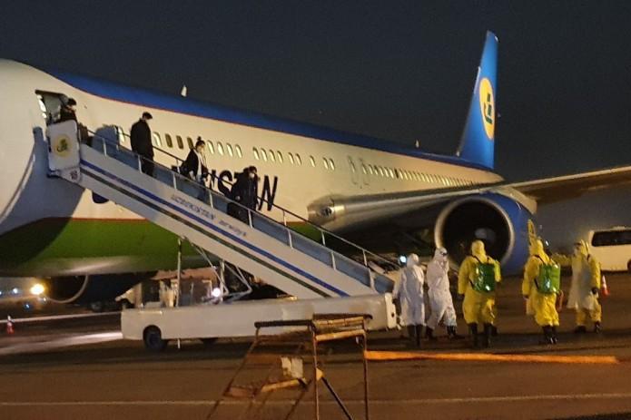 Прибыл третий рейс с эвакуированными из Китая гражданами Узбекистана