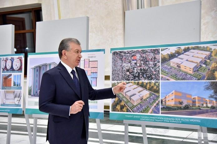 Президент ознакомился с проектами ряда строительных объектов
