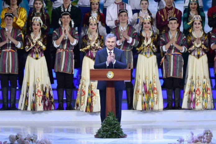 Президент принял участие в торжественном мероприятии по случаю праздника Навруз