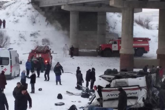 19 человек погибли при ДТП с автобусом в Забайкалье (Видео)