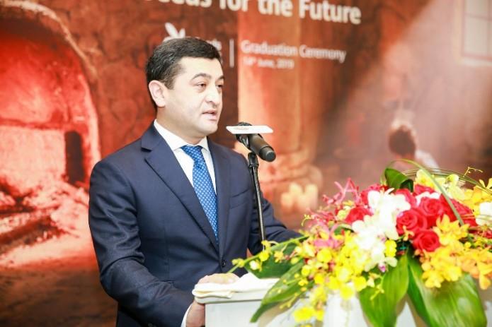 Посол Узбекистана посетил штаб-квартиру Huawei и принял участие в церемонии награждения студентов «Seeds for the Future»
