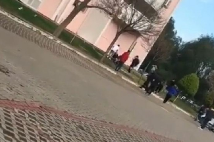 В Турции гражданка Узбекистана выбросилась с десятого этажа