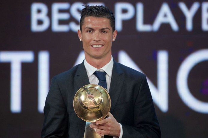 Криштиану Роналду признан лучшим футболистом по версии Globe Soccer Awards