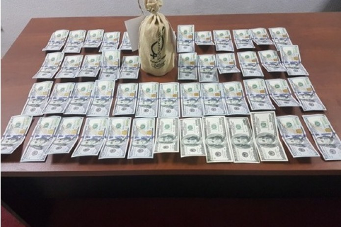 В Узбекистане задержаны граждане при попытке продать 17 кг ртути