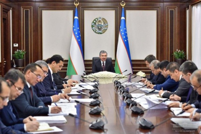 Президент поручил поэтапно снижать присутствие государства в электроэнергетической сфере