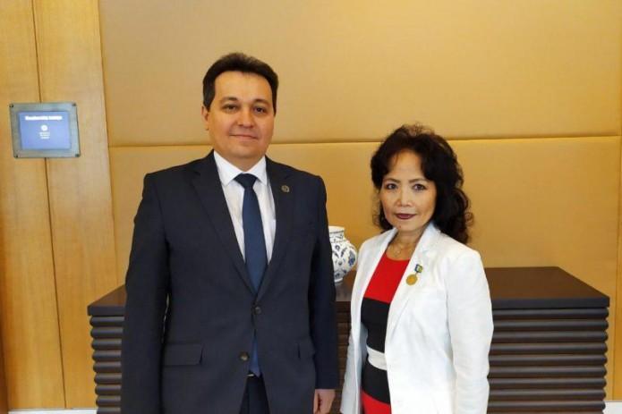 Координатор GPE в Узбекистане награждена нагрудным знаком «Таълим хомийси»