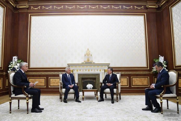 Президент Узбекистана принял главу российской компании «ЛУКОЙЛ»