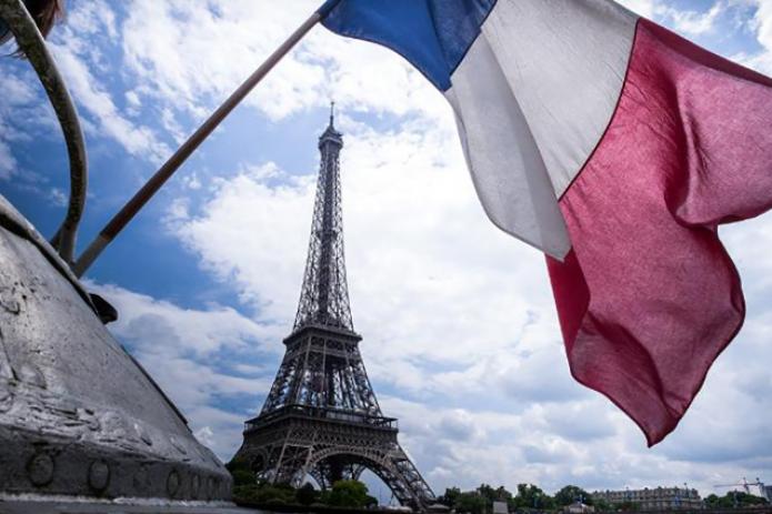 Экономика Франции может упасть сильнее всего со времен Второй мировой