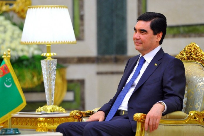 Президент Туркменистана принял министра иностранных дел Абдулазиза Камилова