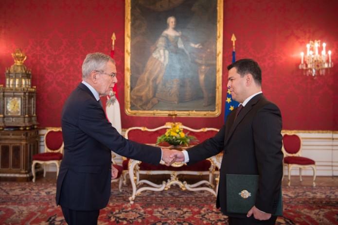 Посол Узбекистана вручил верительные грамоты Президенту Австрии
