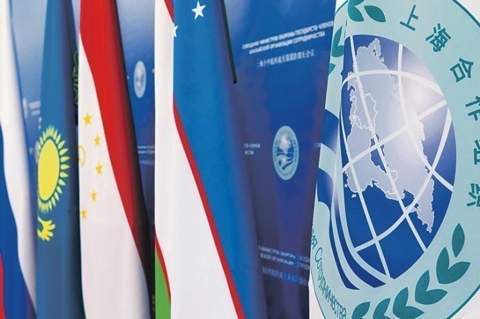 Саммит ШОС: Главы правительств прибывают в Ташкент