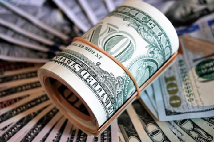 Курс доллара США в Узбекистане снова вырос