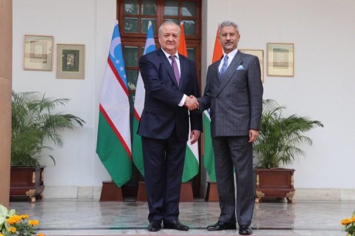 Главы МИД Узбекистана и Индии провели переговоры в Нью-Дели