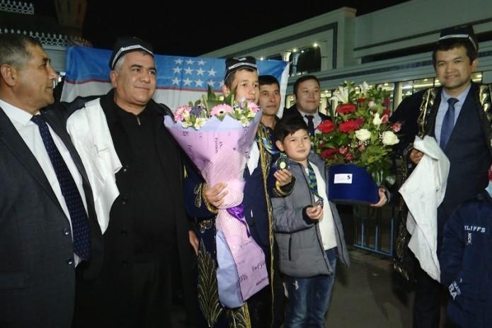 Ученики из Узбекистана завоевали медали на международной олимпиаде по математике