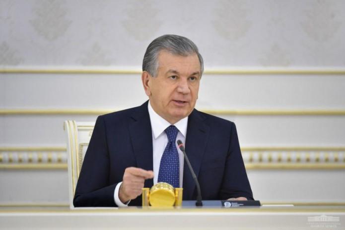 Президент поручил изучить возможности закупки вакцин и вакцинации населения Узбекистана