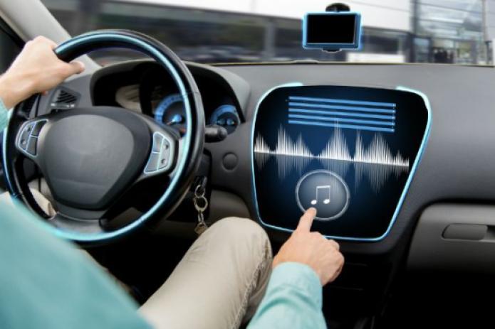 В МВД предложили штрафовать водителей за очень громкую музыку в авто
