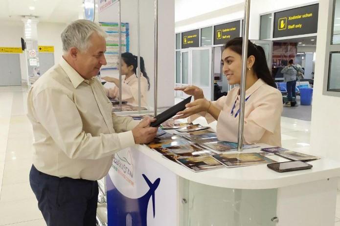 В Узбекистане появились пункты проката планшетов для туристов