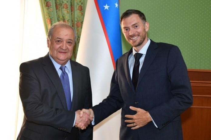 Посол Великобритании Кристофер Алан завершает дипмиссию в Узбекистане