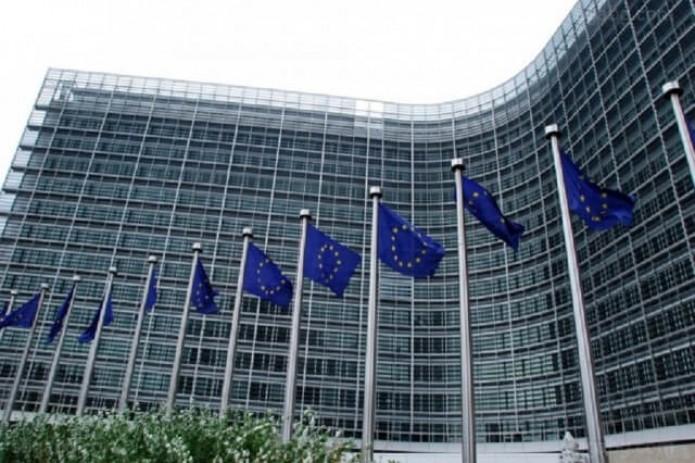 Еврокомиссия подверглась критике после запрета на слияние Siemens и Alstom