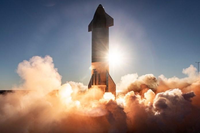 SpaceX впервые успешно приземлила Starship