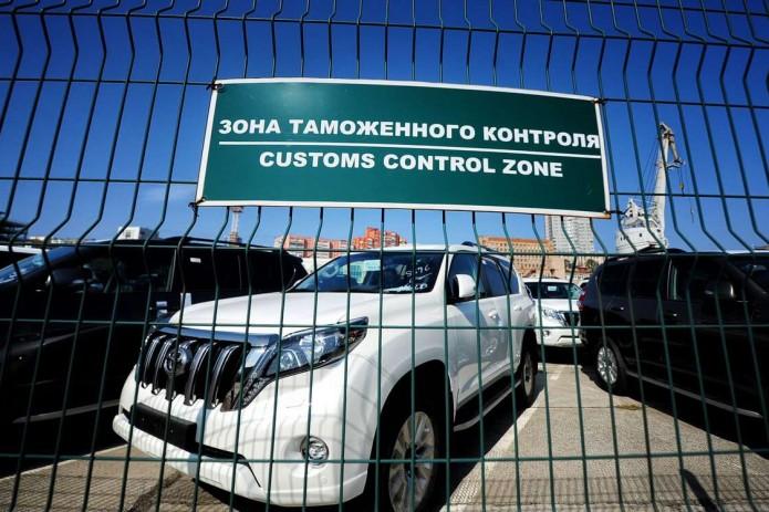 Акциз на ввоз легковых авто отменят в Узбекистане с 1 августа
