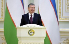 Президент присвоил группе военных и руководителей генеральские звания