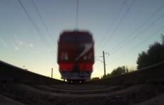 В Андижане девушку-подростка сбил поезд