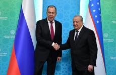 Абдулазиз Камилов встретился с главой МИД России