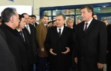 Президент Кыргызстана посетил Узэкспоцентр