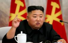 """В Северной Корее жителям советуют не покидать дома из-за """"желтой коронавирусной пыли"""""""