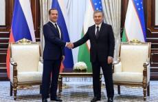 Шавкат Мирзиёев принял Председателя Правительства РФ Дмитрия Медведева