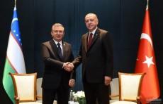 В Баку состоялась встреча Президентов Узбекистана и Турции
