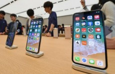 Apple подешевела на $100 млрд после падения продаж iPhone в Китае