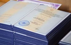 В Узбекистане упростили процесс нострификации иностранных дипломов