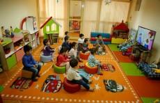 В детских садах Узбекистана детям будут включать макомы