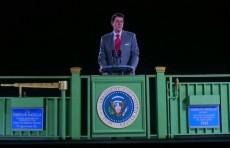 Голограмма Рональда Рейгана приветствовала посетителей Президентской библиотеки в Калифорнии (Видео)