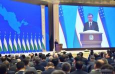 Лица, прибывшие в республику до 1995 года, должны стать гражданами Узбекистана - Президент