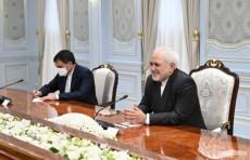 Президент Шавкат Мирзиёев принял министра иностранных дел Ирана