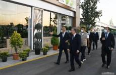 Шавкат Мирзиёев посетил новый экопарк в Сергелийском районе
