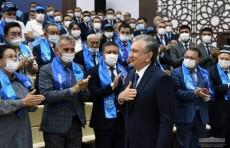 Шавкат Мирзиёев провел встречу с самаркандскими избирателями