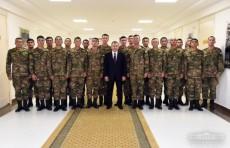 Президент Шавкат Мирзиёев посетил Нукусский гарнизон