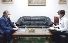 """При больницах Узбекистана откроются филиалы индийского реабилитационного центра """"Newage"""""""